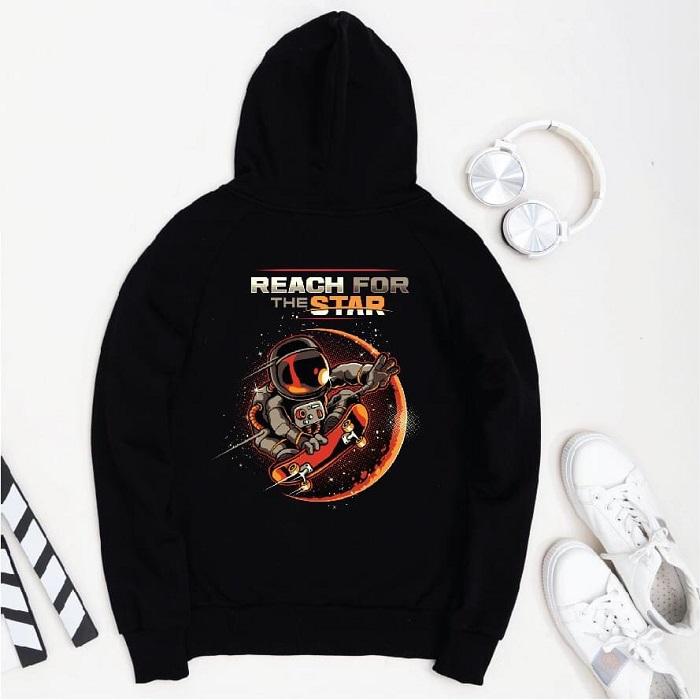 in ao hoodie den
